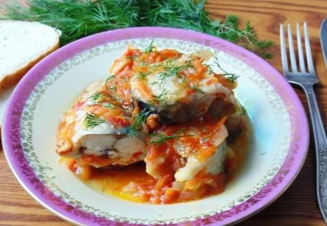 С этим рецептом маринованной скумбрии справится даже начинающий кулинар, рецепт невероятно прост, а вкус рыбы восхитительный!